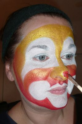 Creaviev clown stap 4
